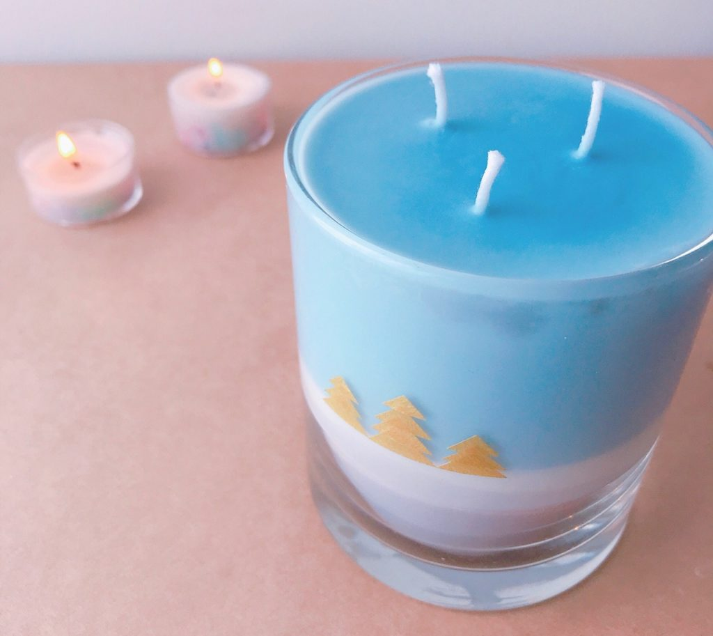 triple wick candle